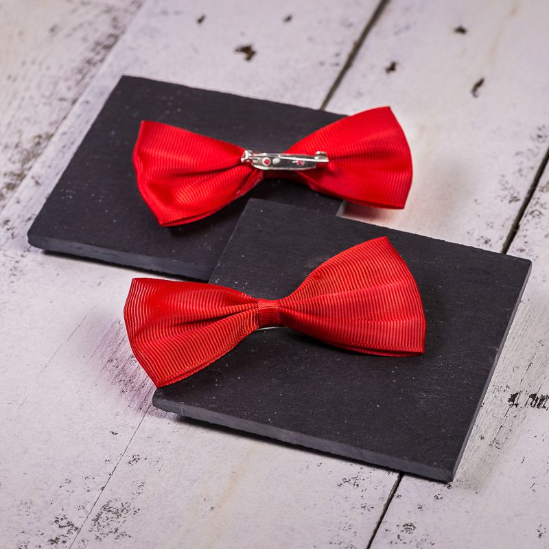 10 pcs. Fabric bows, sized 10 x 5 cm - red